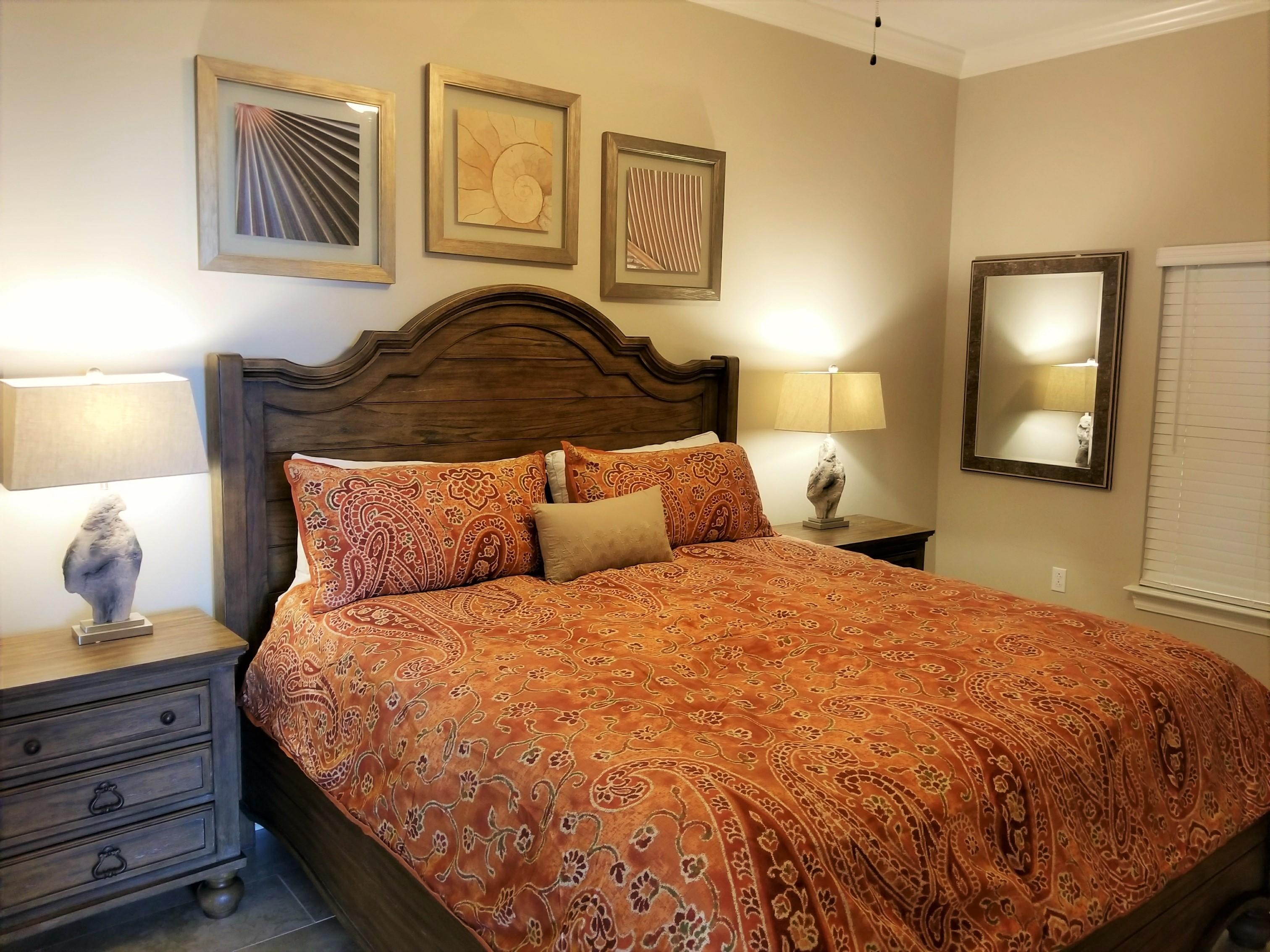 Phoenix Gulf Shores 4 Bedroom Beachfront Condo